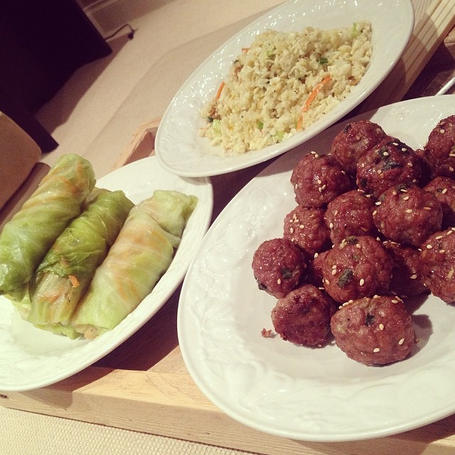 Asian Meatballs, Cabbage Spring Rolls, & Cauli-Rice {21 dsd}  by cheeky baker
