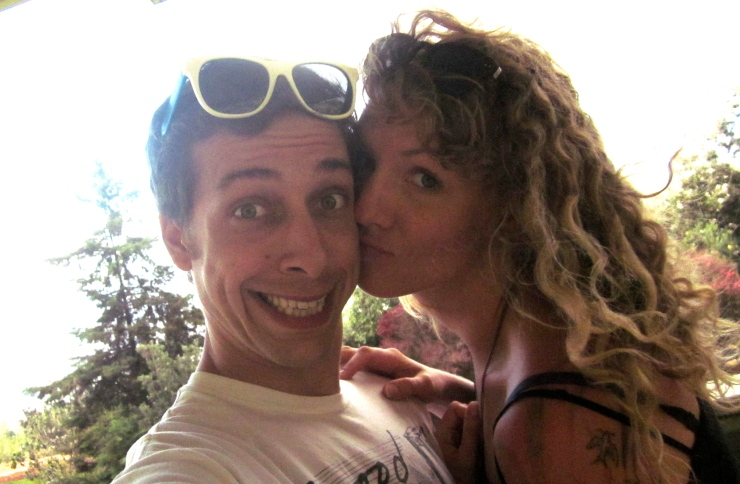 Matt & Anna, honeymoon in Maui, 10/2012, by cheeky baker