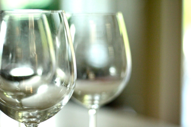 wine glasses {by cheeky baker}